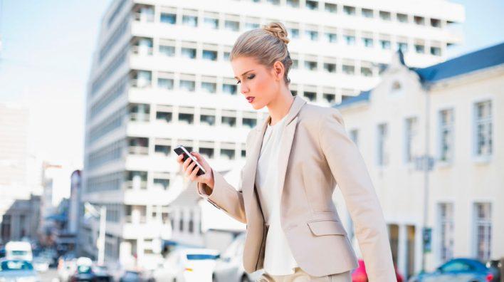 Эксперты назвали самые опасные модели смартфонов