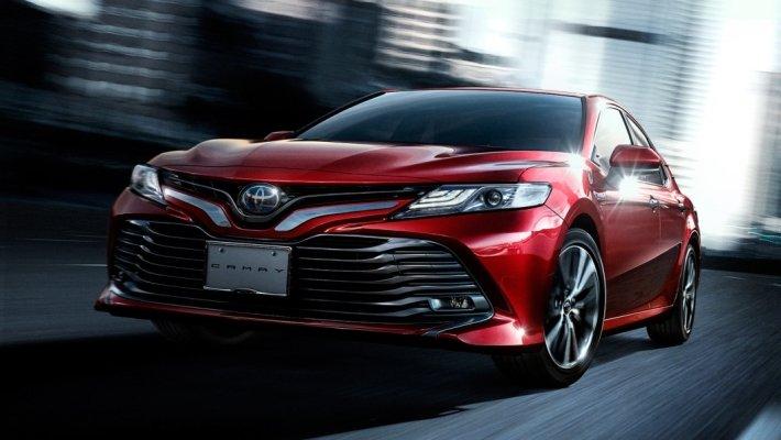 Toyota Camry по итогам продаж 2018 года возглавила рейтинг