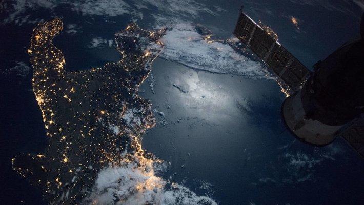 Россия предлагает простой по сценарию подготовки и реализации полет в космос без посещения МКС