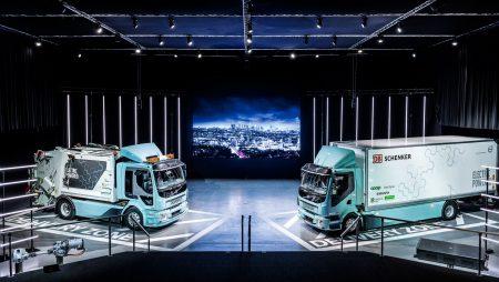 Volvo Trucks начала коммерческие поставки первых электрических грузовиков Volvo FL Electric и Volvo FE Electric [видео]