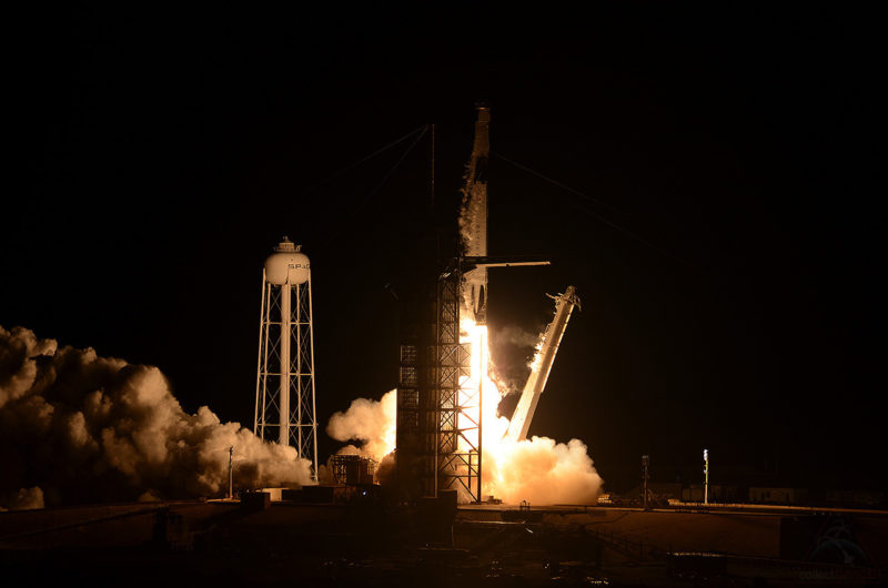 SpaceX отправила Crew Dragon