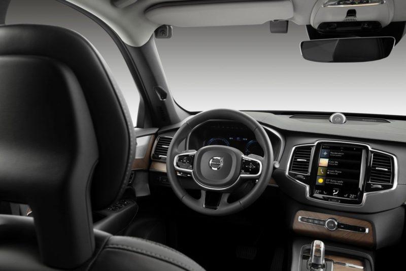 Volvo система безопасности