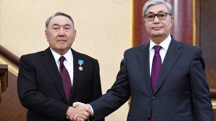 Власть в Казахстане будет постепенно переходить к новому руководству