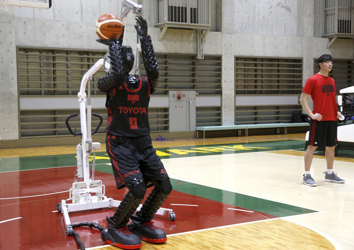 Робот баскетболистToyota Cue 3 / ©Yuri Kageyama