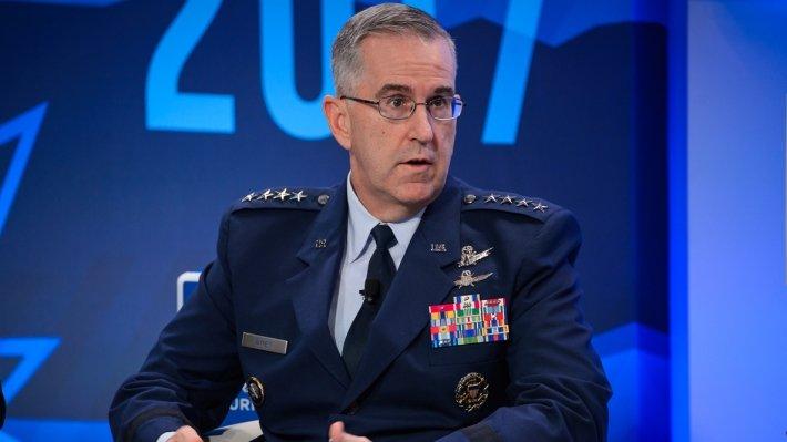 Хайтен призвал США сесть за стол переговоров с Россией по СНВ-III