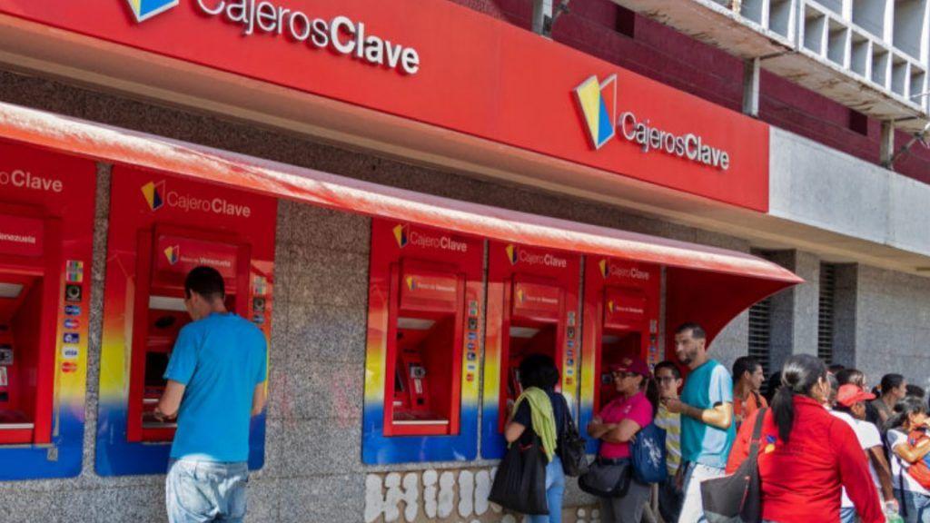 Центральный банк Венесуэлы рассматривает биткоин и эфир