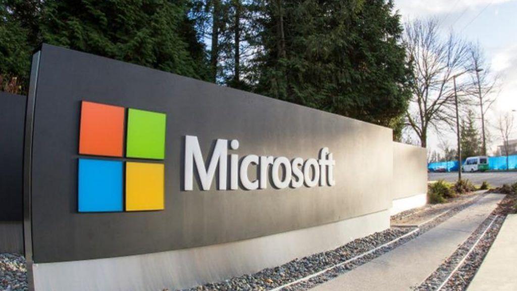 Microsoft On-Chain: как технологический гигант строит блокчейн